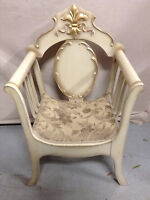 286: Vintage French Provincial Style Tub Chair