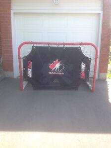 Team Canada Hockey Net And Goalie Screen