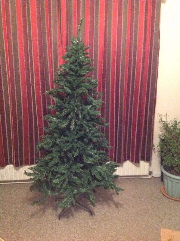 Icelandic 1.8 Metres Green Christmas Tree.