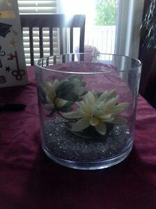 Partylite vase and tealight holder