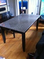 Beautiful granite table + 4 chairs
