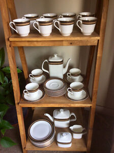 CADENZA Royal Daulton China - 40 piece Coffee/Tea Service