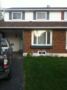 Beautiful Burlington Home for Rent! - 623 Kilbirnie