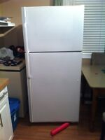 Fridge for sale 80$ Obo