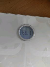 Fitbit Aria WiFi digital bathroom scale