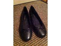 Size 4 black shoes