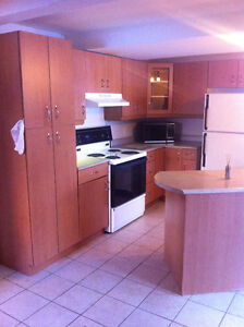 4 1/2 FOR RENT LAVAL       (HEATING & HOTWATER INCLUDE)