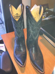 cowboy boots, NEW, size 7 EE