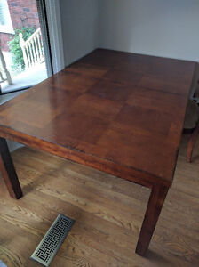 Dinning Room Table with Eight Chairs Stratford Kitchener Area image 6