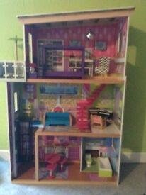 Large Barbie style dolls house. Now reduced