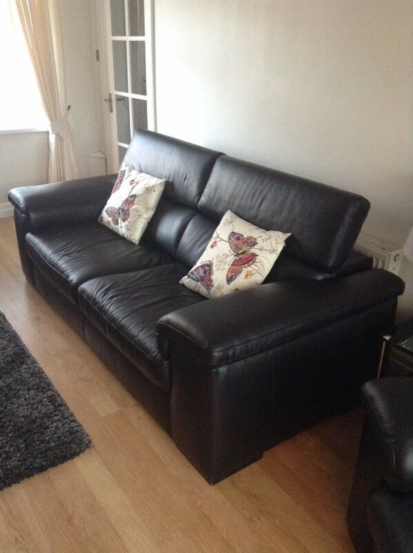 Stocktons black leather 3 piece suite high quality leather