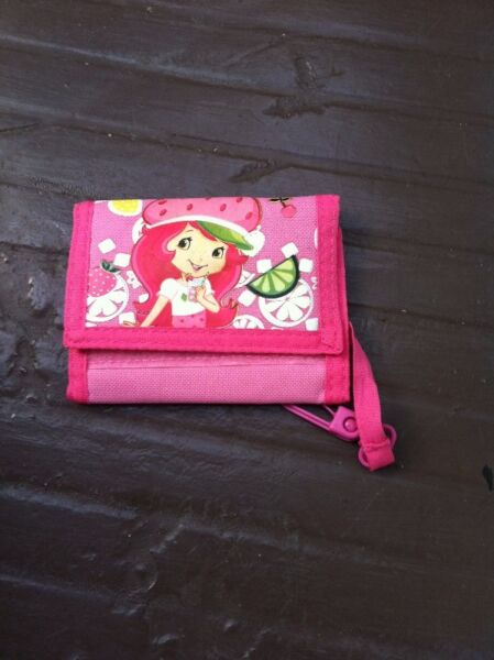 Strawberry Shortcake wallet.  In good condition.