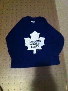 Toronto Maple Leaf wear
