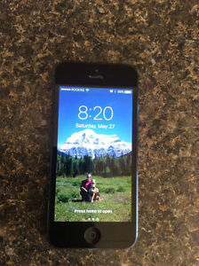 iPhone 5 16GB Black, Rogers/Fido, with case