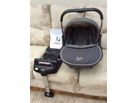 Silver Cross Ventura plus car seat and isofix base