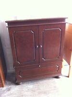 Selling tv stan and liquor cabinet