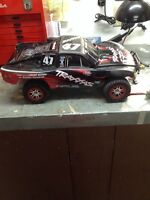 Traxxas slash 4x4 beaucoup d'upgrade (losi, hpi, red cat, rpm)