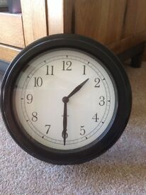 Stylish black clock - excellent condition