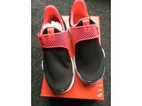 WOMENS NIKE SOCK DART SHOES UK6 BNIB £44.99, SIZE 5.5 AVAILABLE ALSO.