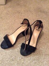 River island black suede block heel sandal UK3