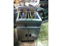 Lincat double tank fryer
