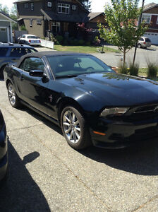 2011 Ford Mustang Black Convertible