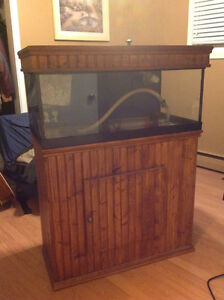 40 gal salt water tank aquarium with sump, stand many accessorie