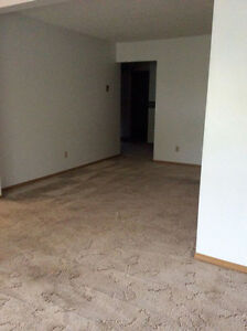 RENTED Large Spacious and Bright Adult Building Moose Jaw Regina Area image 9