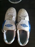 Umbro Men's Soccer Cleat Size 8