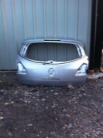 Renault Megan Mk3 tailgate