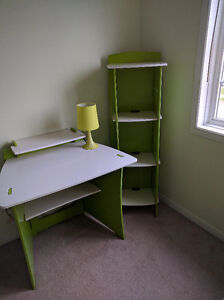 Kid bedroom set - bed, study table, bookshelf and a lamp Kitchener / Waterloo Kitchener Area image 3