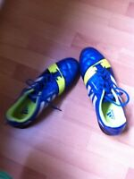Adidas spikes Artificial turf)
