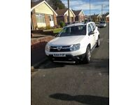 Dacia duster 1.6 petrol 5 year warrenty alloys and side bars