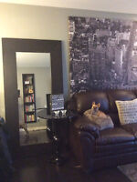 Beautiful fully furnished executive condo downtown calgary!