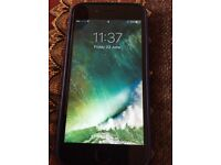 iPhone 6 Excellent over all condition, with a prefect screen 16gb black