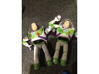 2 official disney Pixar electronic buzz lightyear with sounds and lights