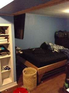 Room for rent close to MUN and Hospital St. John's Newfoundland image 4