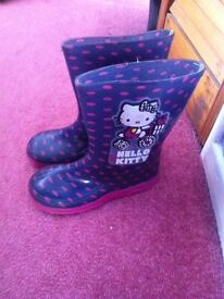 Girls hello kitty welly size 11