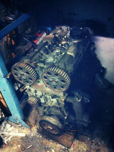 PRICE DROP 50$ - Volvo 2.4L Engine for Parts or Rebuild- B5254T
