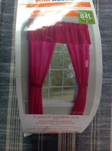 New window drapes for your girl's room