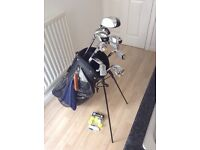Starter set of clubs with bag and trolley