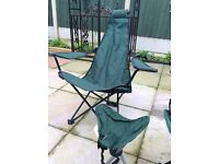 3 Folding Camping Chairs + 1 stool + windbreaker