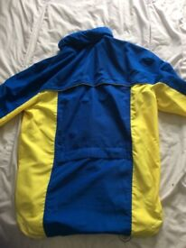 Lightweight cycling jacket size s