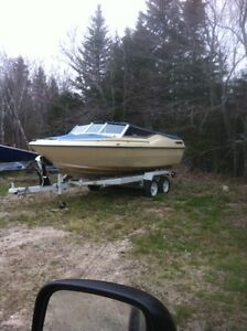 19 FOOT BOW RIDER 50 HP FORCE AND TANDEM TRAILER