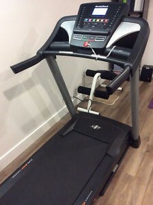 NORDICTRACK T5.7 AS NEW AND FREE AB BENCH