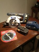 Mastercraft cordless saw, batteries, charger. 18V