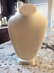 Stella & Dot Necklace Display Bust
