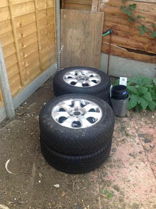 15inch 4stud alloy wheels reduced