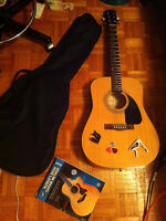 Fender FA - 100 Acoustic Guitar + Accessories