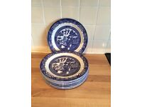 """8/blue and white willow 10"""" plates"""